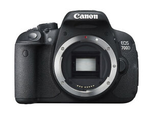 CANON-700D-DSLR-CAMERA-BODY-ONLY-WITHOUT-LENS-8-GB-CARD-CARRYING-CASE-SMP03