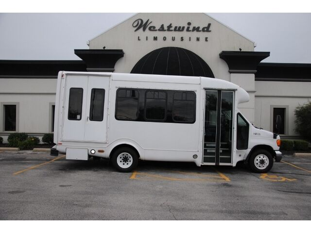 Bus Shuttle Ford E-450 Handicap Limo Van Low Miles Diesel ...
