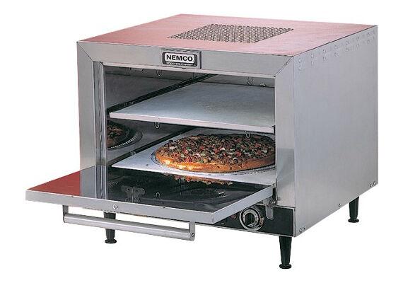Statt beim Italiener um die Ecke: frische Pizza aus dem eigenen Pizzaofen