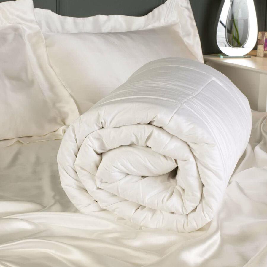 How to Buy a Silk Duvet