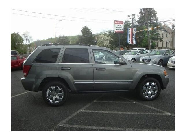Image 14 of Limited SUV 5.7L CD…