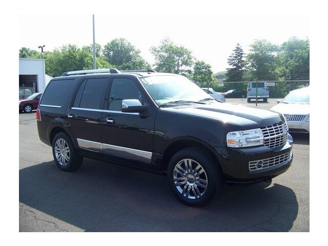 Image 4 of 4X4 4DR Certified SUV…