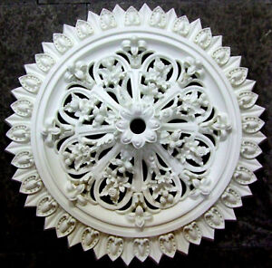 Schots Strawberry Victorian Antique Resin Lightweight Ceiling Rose 630mm - White