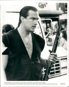 STEVEN-SEAGAL-OUT-FOR-JUSTICE-ORIGINAL-PHOTO-SHOTGUN