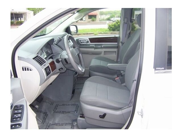 Image 14 of Touring 3.8L CD Front…