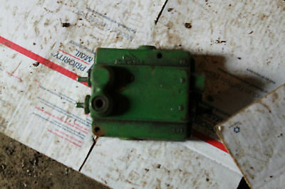 John Deere Tractor Valve 2510 3010 4010 2520 3020 4020
