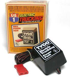 1981-TYCO-US-1-Trucking-HO-Slot-Car-Transformer-Boxed