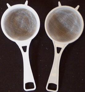 2 PLASTIC TEA STRAINER   FINE  MESH  6cm X  7 cm  X 9.5 cm  RIGHT PRICE
