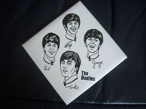 ORIGINAL-THE-BEATLES-OFFICIAL-SQUARE-SOUVENIR-WALL-TILE-ORNAMENT-MINT-1963
