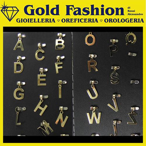 Pendente letterina in oro giallo 18K   lettere iniziali