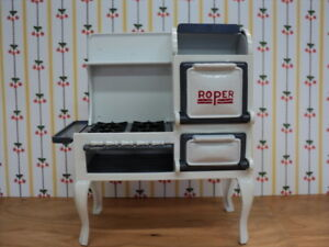 Miniature-DOLLHOUSE-Roper-Stove-Cast-Iron-White