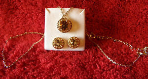 AVON-NECKLACE-EARRING-SET