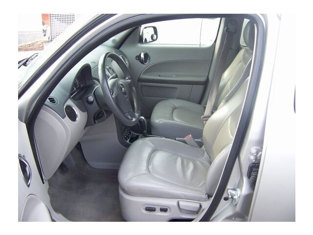 Image 15 of LT SUV 2.4L CD Front…