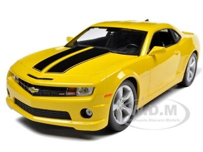 2010 Chevrolet Camaro Ss Rs Yellow 1/18 Diecast Model Car By Maisto 31173