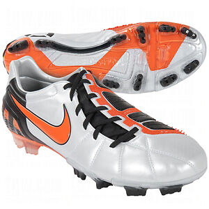 How to Buy the Right Size Football Boots