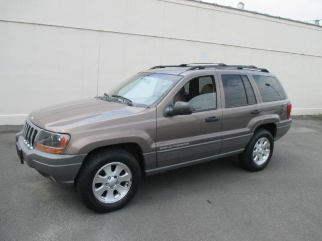 2001 jeep grand cherokee only 88 000 miles leahter moonroof super clean warranty used jeep. Black Bedroom Furniture Sets. Home Design Ideas