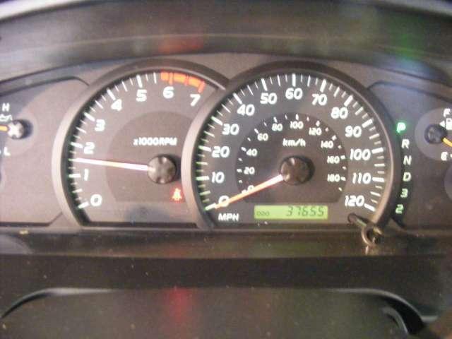 Imagen 7 de Toyota Tundra plateado