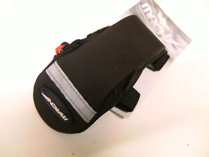 ROAD BIKE RACING BICYCLE CYCLE SEAT SADDLE BAG VELCRO FITTING MEDIUM SIZE  8468