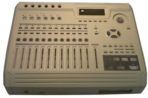 Akai DPS 12 faceplace white