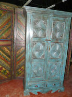 Armoires Wooden Antique Armoire Cabinet/Wardrobe