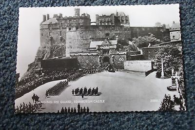 OLD POSTCARD OF CHANGING THE GUARD AT EDINBURGH
