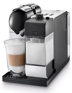 DeLonghi-Lattissima-Plus-EN-520-White-Espresso-Machine
