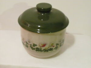 Figgjo-Norway-Anitra-Dekor-Rolf-Small-Covered-Bowl-NEW