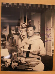 BARBARA-EDEN-HAND-SIGNED-11x14-OVERSIZED-PHOTO-COA-DREAM-OF-JEANNIE-TO-STEVE