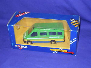 Ford-Transit-Bus-C676-12-Corgi-MIB-Oxford-City-Nipper