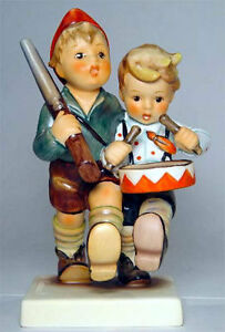 BIG-Hummel-Figurine-VOLUNTEERS-Marching-Boys-TM7-Gift