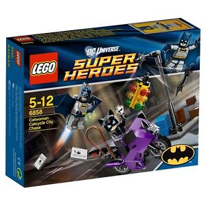 NIB Lego 6858 Super Heroes Cat woman Catcycle City Chase w/ Batman