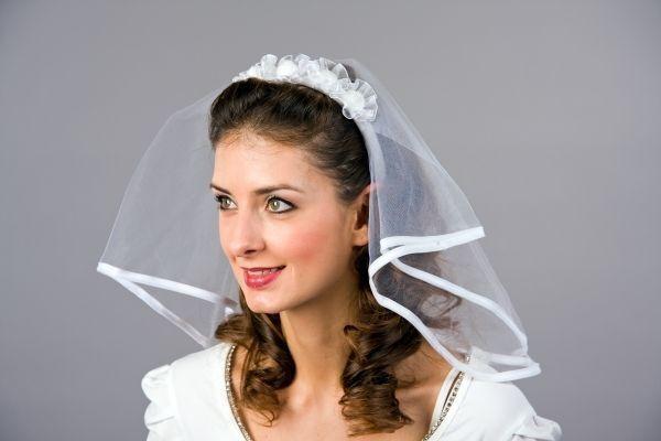 Ihr eBay-Kaufratgeber: der perfekte Braut-Schleier