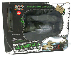 Cobra-Toys-YED-Amphibious-Remote-Control-RC-Tank-Shoots-Water-Brand-New