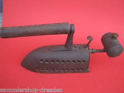 11475 altes Spiritus Bügeleisen vintage gasoline iron