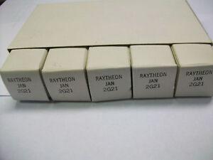 SLEEVE-OF-5-RAYTHEON-JAN-2G21-TUBES