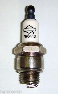 BRIGGS-SPARK-PLUG-796112-RJ19LM-J19LM-802592
