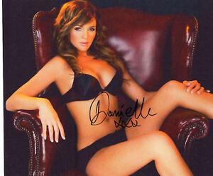 DANIELLE-LLOYD-Signed-12x8-Photo-Glamour-Model-COA
