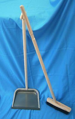 Kehrbesen und Kehrblech Kehrschaufel mit langen Stiel  Höhe 97 cm Kehrgarnitur