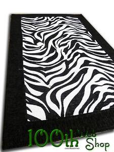 Tappeto moderno zebra zebrato bianco 60 x 180 cucina bagno for Tappeto nero moderno
