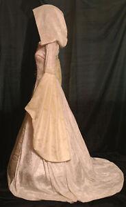 Renaissance-Handfasting-medieval-wedding-dress-hooded
