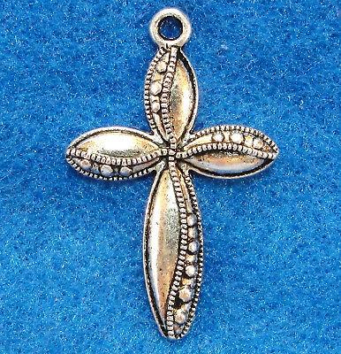 5Pcs. Tibetan Silver Detailed CROSS Charms Pendants Drops Jewelry Findings CR23