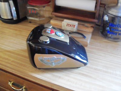 LARGE HARLEY DAVIDSON GAS TANK BANK MINT /PIGGY BANK/HOG
