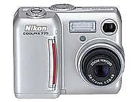 Nikon Coolpix 775 Digital Camera  (216)