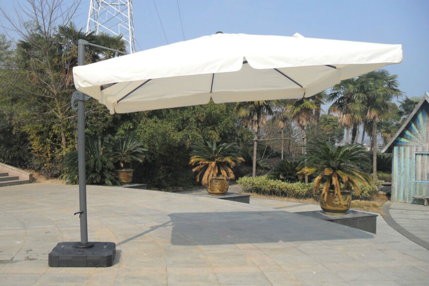free standing garden umbrella