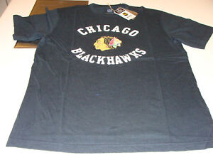 Chicago-Blackhawks-SS-Applique-CCM-Reebok-T-Shirt-NHL-M