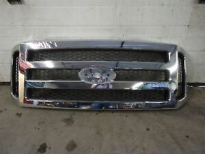 05-F250-F350-Grille-Chrome-OEM-Damage-For-Work-Truck