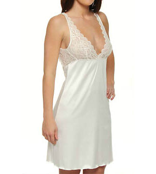 Your Guide to Buying a Nightdress