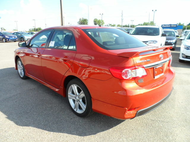new 2013 toyota corolla s special edition hot lava 2000 off msrp. Black Bedroom Furniture Sets. Home Design Ideas