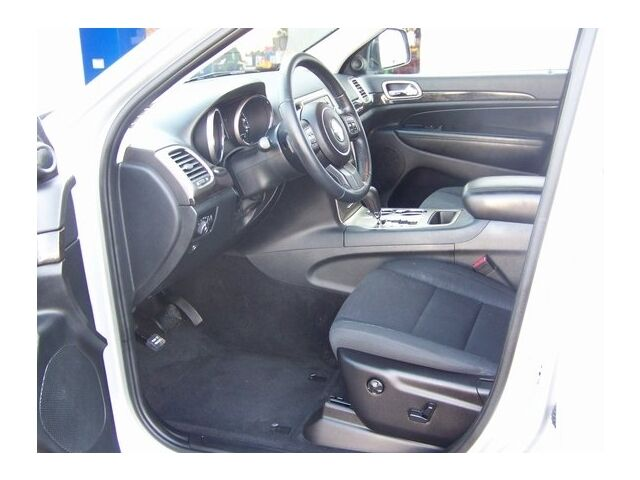 Image 8 of 4X4 4DR LARE SUV 3.6L…