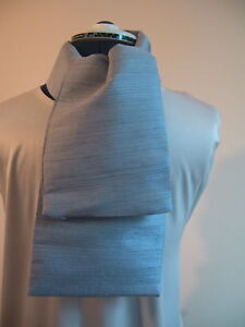 100% silk men's scarf or cravat.  Pale grey.  NEW